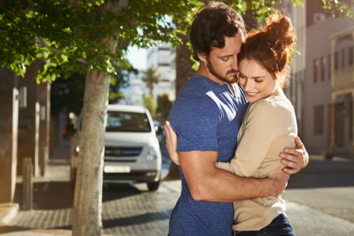 חמש סיבות עיקריות לפופולריות של אתרי הכרויות